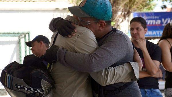 Colombia Bomb Attack Kills Five Police, Injures Dozens | News