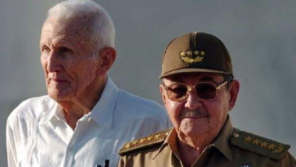 José Ramón Fernández with Raúl Castro