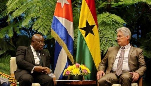 Ghanaian President Nana Addo Dankwa Akufo-Addo (L) sits with Cuban leader, Miguel Diaz-Canel.