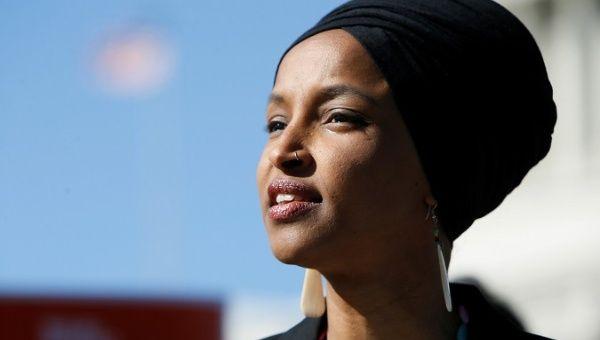 El presidente de los Estados Unidos puso un video del 11 de septiembre con Ilhan Omar.