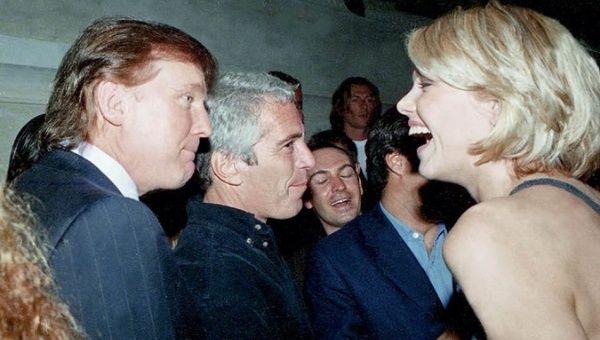 Resultado de imagen para Fotos de Epstein con Clinton y Trump