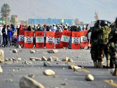 NUMSA strike continues | News | teleSUR English