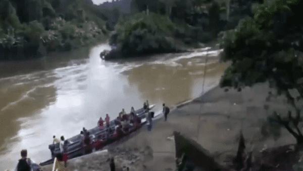 Displaced indigenous community Embera Dobida in Catru, Alto Baudo, Choco. May 20, 2020.
