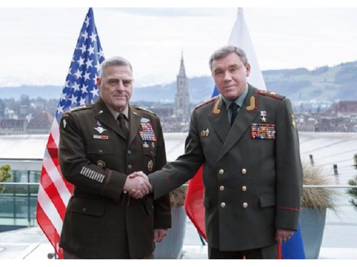 Russia, China Won't Create a Military Bloc to Rival NATO